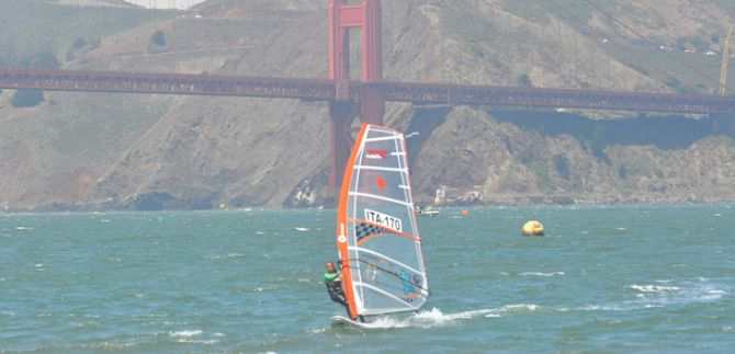Windsurfing Lessons for the San Francisco Bay Area