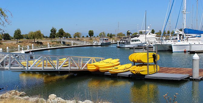 Redwood City stand up paddleboarding & Kayak rentals
