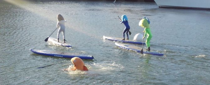 giants paddle boards in Mccovey cove