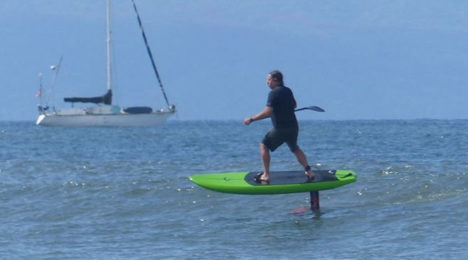Stand Up Paddleboard and Surfing Foilboard lessons